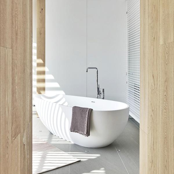 Spain - Magna Domus Badeloft Bathtub